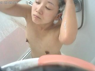 Beatiful Amateur Japanese wife in shower