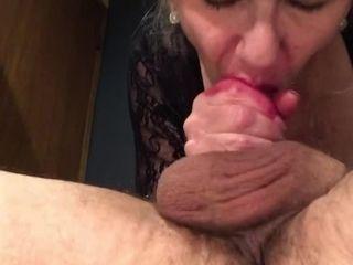 'Mature MILF Red Lipstick 69 Extreme Deepthroat Swallow Throat Fucking Throatpie'